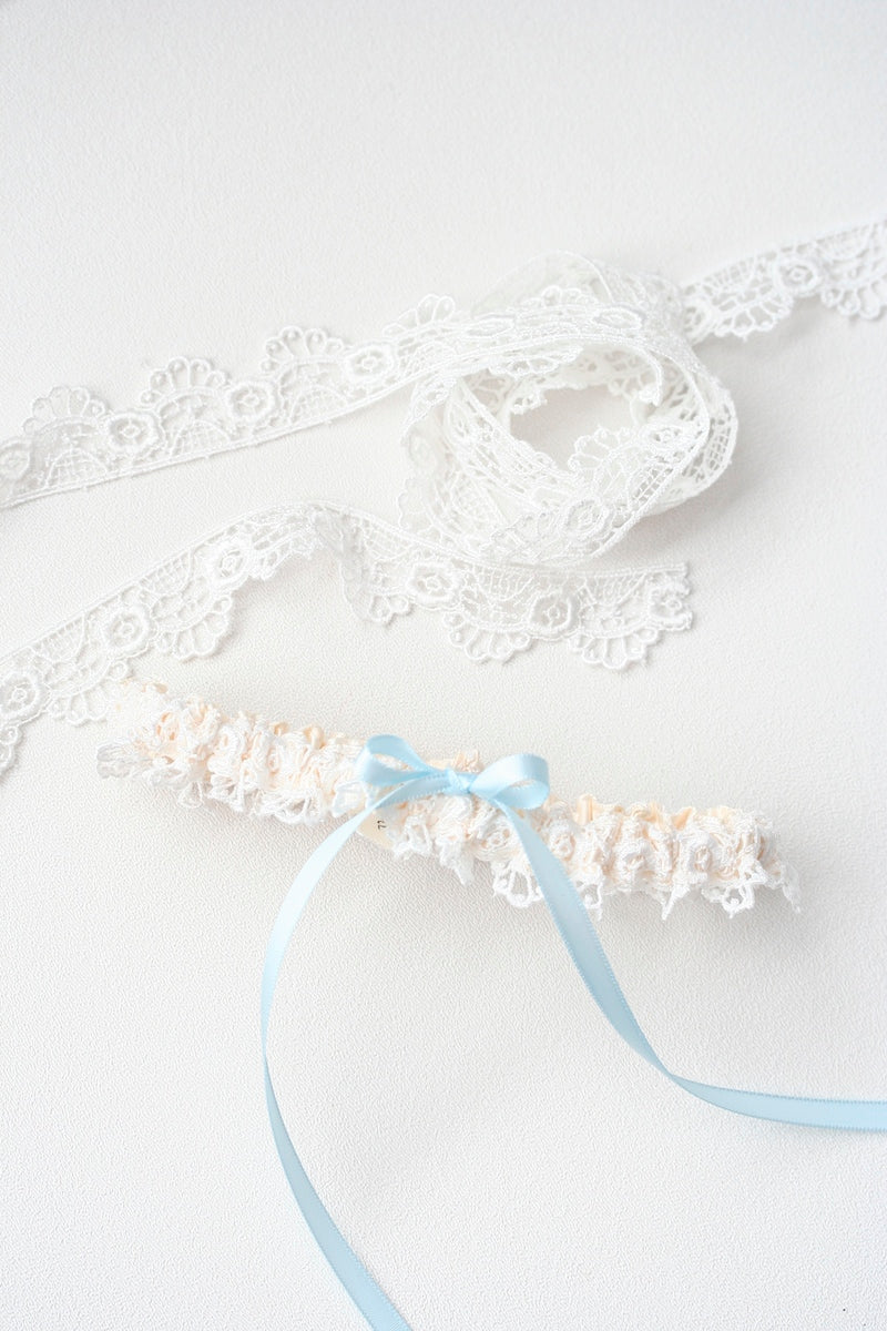 fancy-lace-wedding-garter-The-Garter-Girl