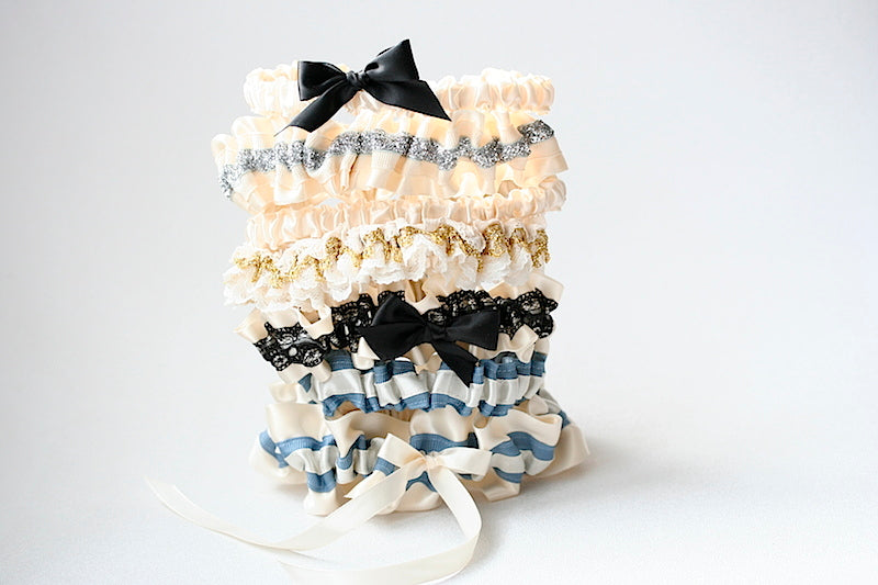 feminine-wedding-garters-the-garter-girl