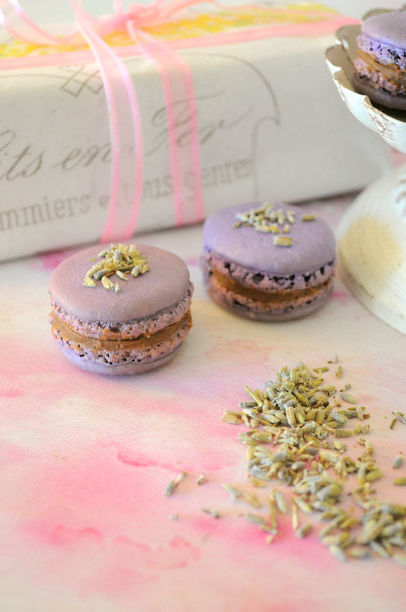 french-macaron-lavender-and-blueberries