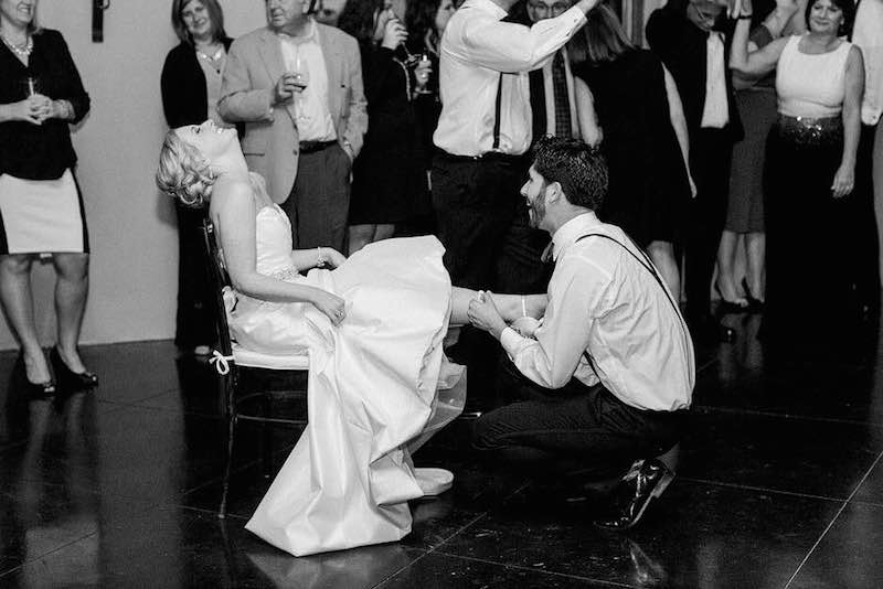 garter-toss-ceremony-real-wedding-garter-The-Garter-Girl