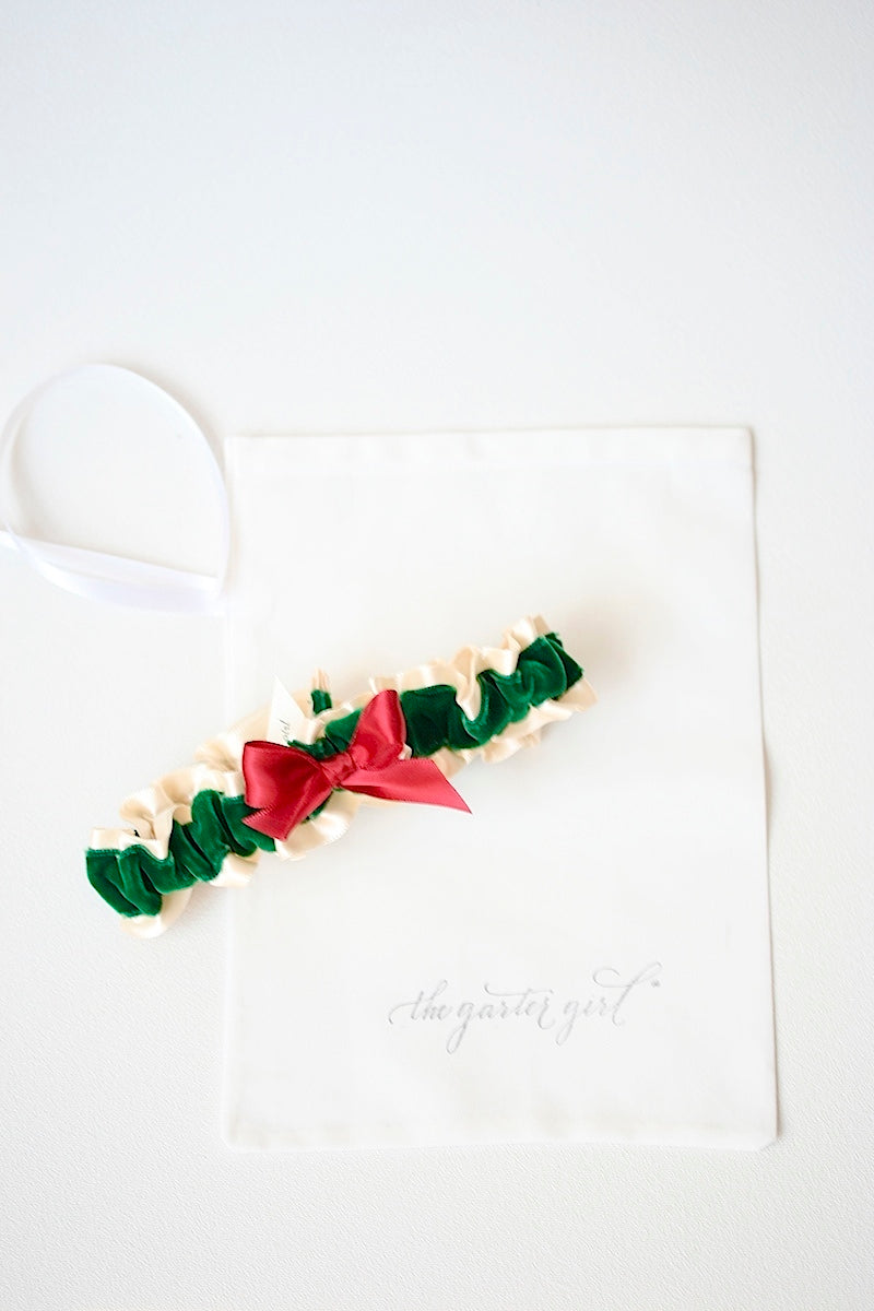 green-velvet-red-holiday-wedding-garter-the-garter-girl