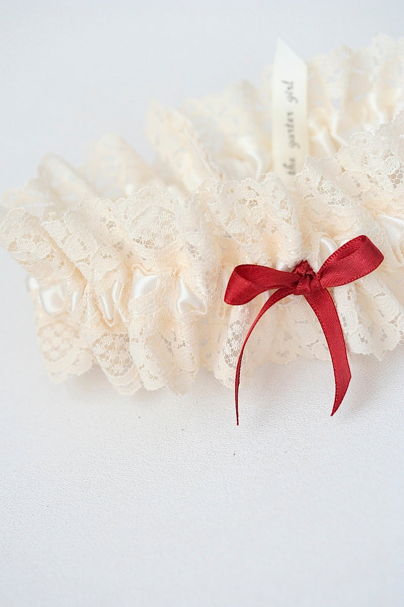 holiday-themed-wedding-garter-the-garter-girl