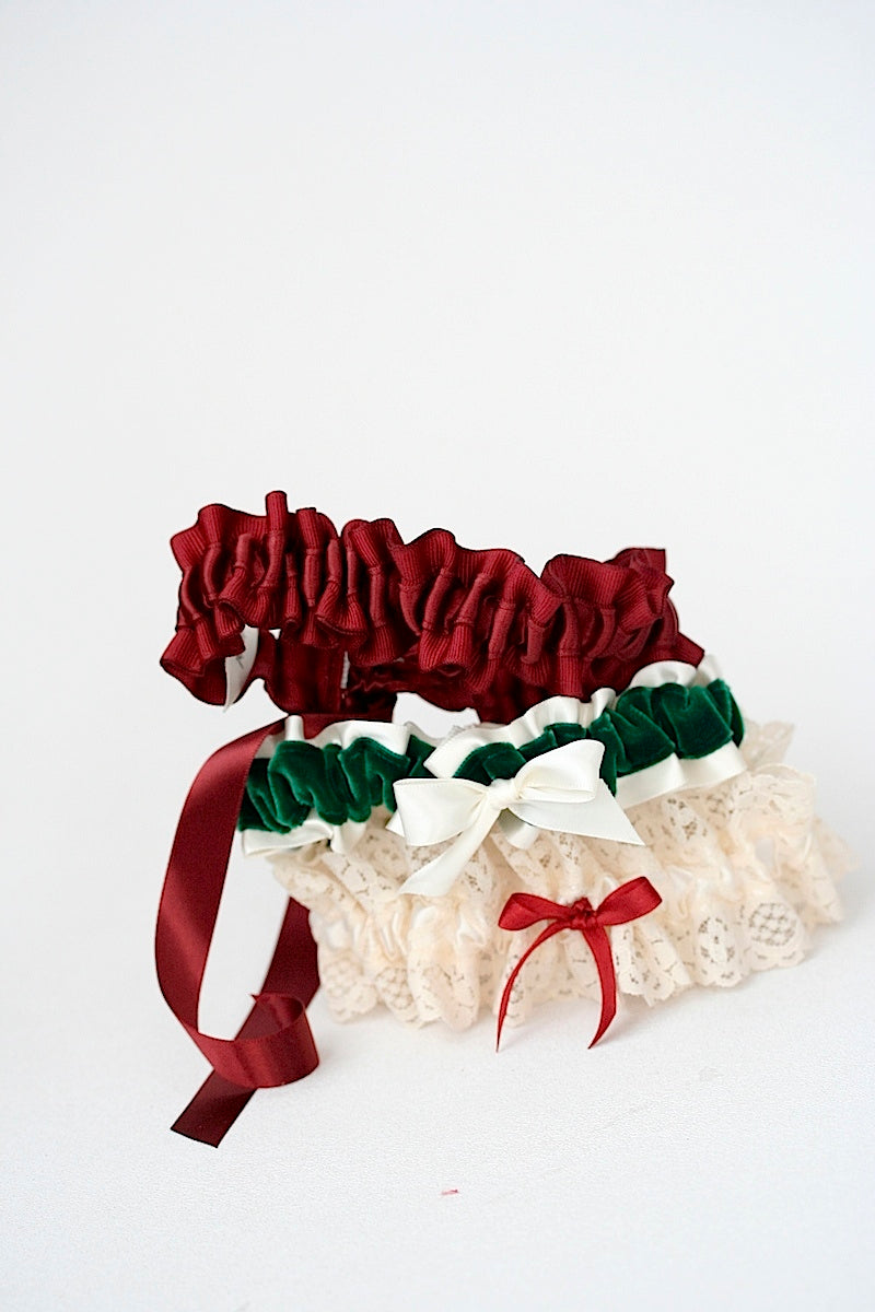 holiday-themed-wedding-garters-the-garter-girl