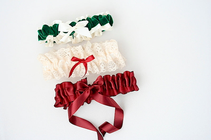 holiday-wedding-garters-the-garter-girl