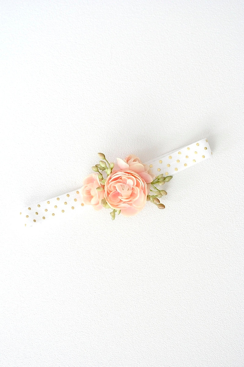 diy modern wedding garter with flower and polka dots