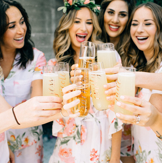 custom bridesmaid gift champagne flutes