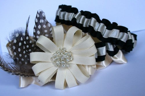 ivory-and-black-couture-wedding-garter-