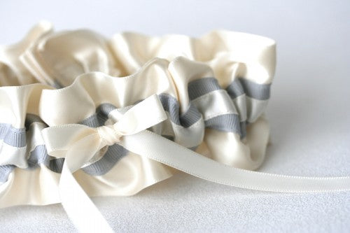 ivory-gray-wedding-garter-The-Garter-Girl2