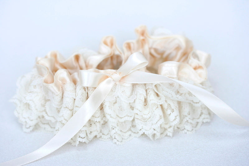 ivory-lace-garter-The-Garter-Girl-4