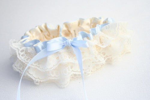 ivory-lace-wedding-garter-The-Garter-Girl