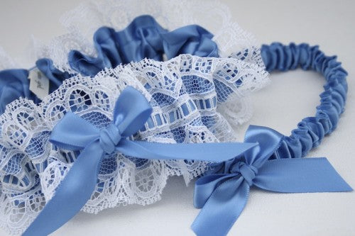 ivory-lace-wedding-garter-set-The-Garter-Girl