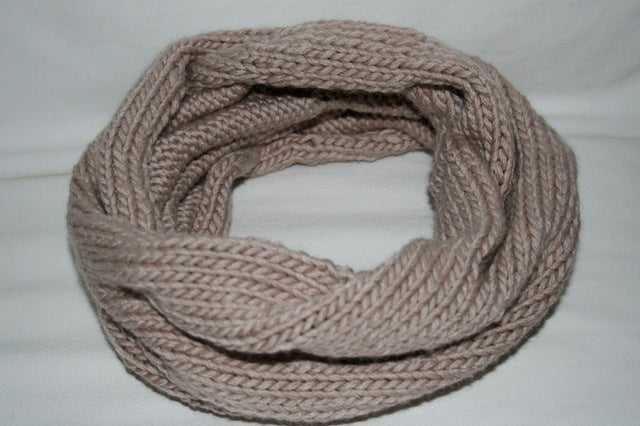 knitted cowl - julianne smith - view 5