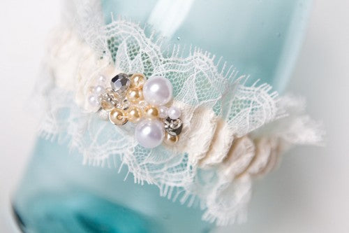 lace-and-pearl-couture-wedding-garter