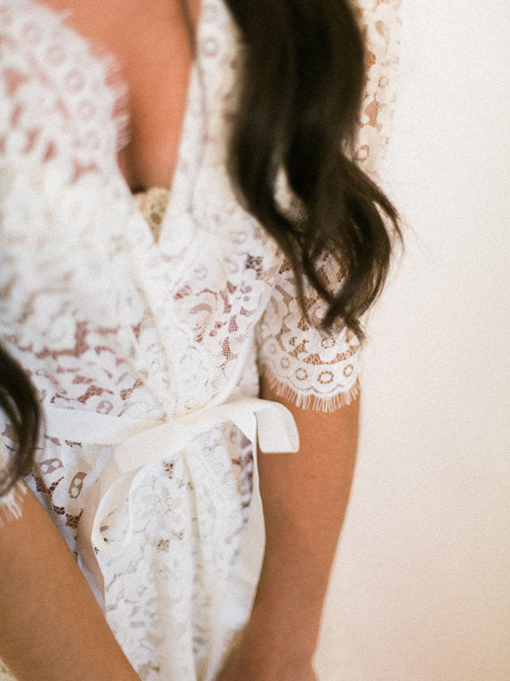 lace-bridal-robe