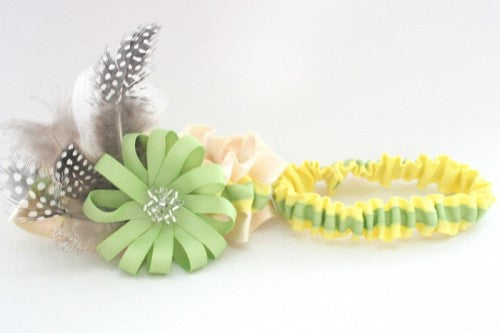 lemon-and-lime-wedding-garter-couture-set