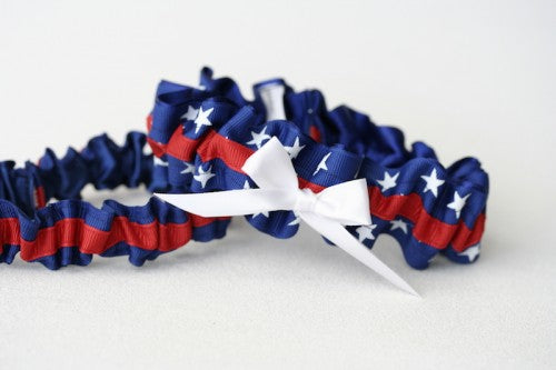 patriotic-wedding-garter-The-Garter-Girl-1