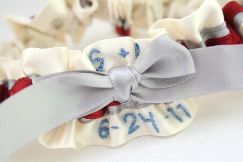 personalized-wedding-garter-ivory-gray-red