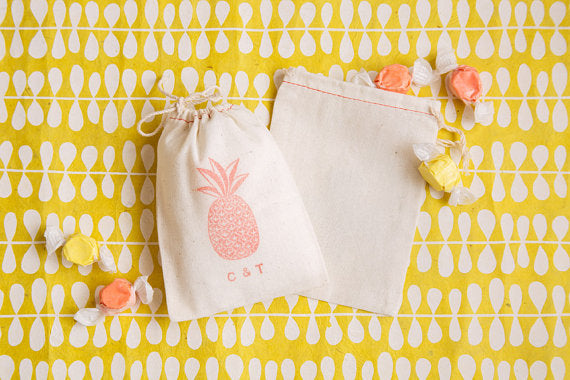 pineapple-favor-bags-wedding