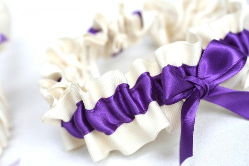 plum-bridesmaid-gift-wedding-garter-set-ombre-The-Garter-Girl