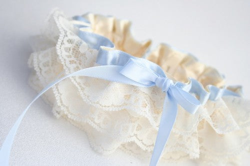 pretty-lace-wedding-garter-The-Garter-Girl