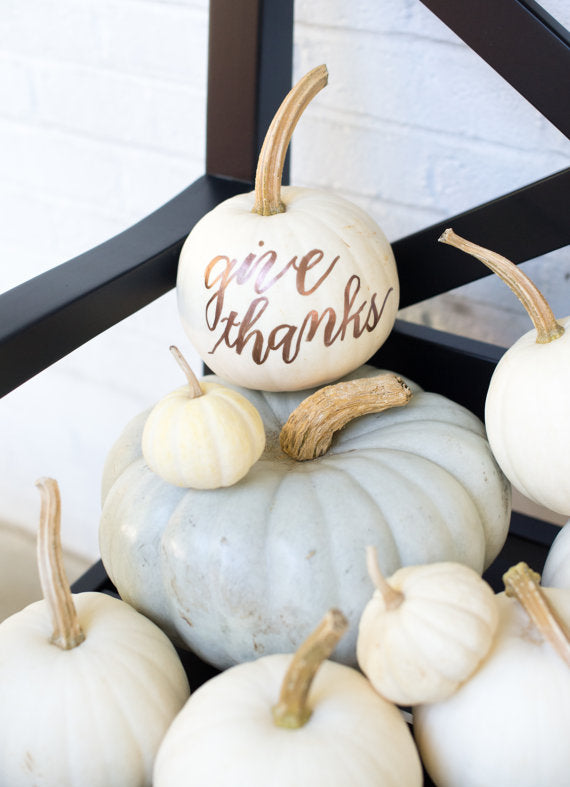 real-pumpkins-for-fall-wedding