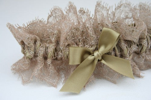 stylish-metallic-wedding-garter-The-Garter-Girl