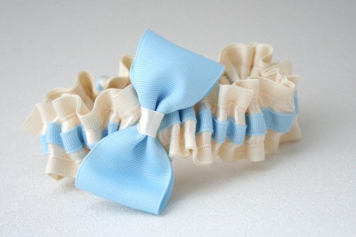 stylish-something-blue-wedding-garter-The-Garter-Girl