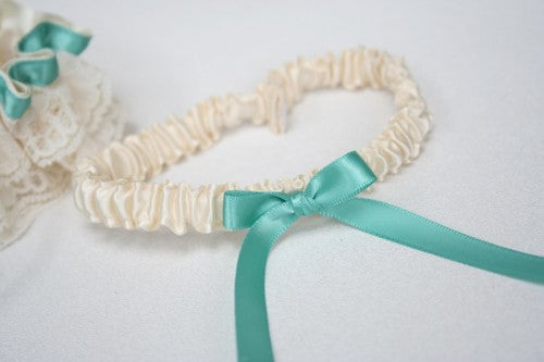 turquoise-wedding-garter-set-ivory-lace-The-Garter-Girl-3