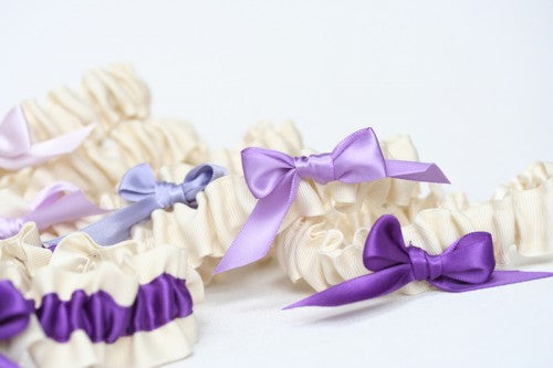 unexpected-bridesmaid-gift-wedding-garter-set-ombre-The-Garter-Girl