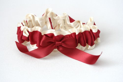 valentines-day-wedding-garter-The-Garter-Girl