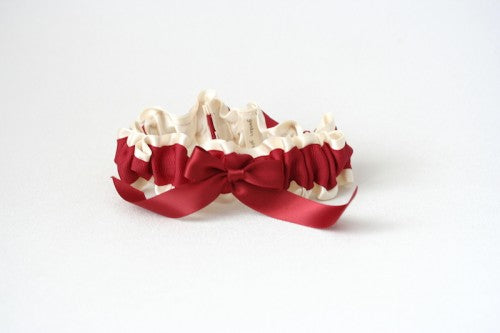 valentines-day-wedding-garter-The-Garter-Girl4