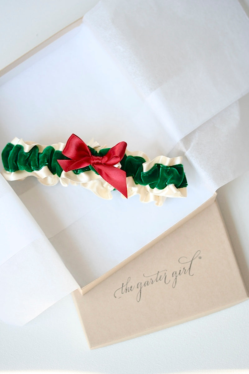 velvet-holiday-wedding-garter-the-garter-girl
