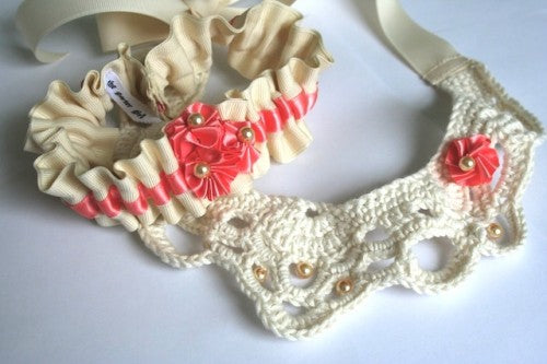 wedding-garter-and-crochet-necklace-The-Garter-Girl-by-Julianne-Smith