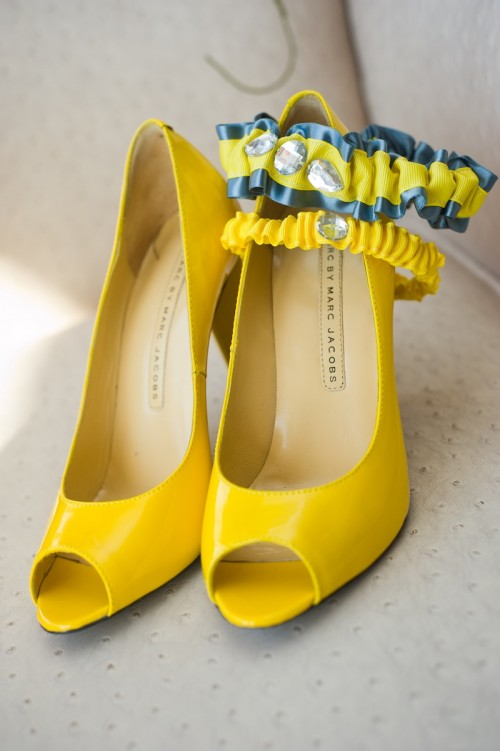 yellow-wedding-shoes-with-gray-and-yellow-couture-wedding-garter-with-sparkle