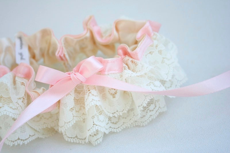 Ivory-Lace-and-Pink-Garter