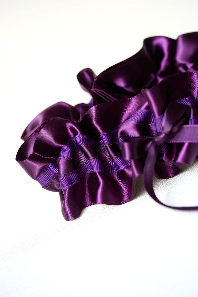 all-purple-wedding-garter-the-garter-girl