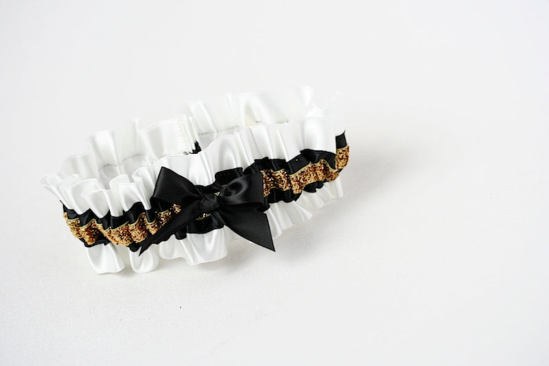 black-gold-glitter-wedding-garter-the-garter-girl
