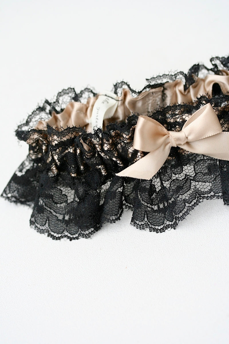 black-wedding-garter-The-Garter-Girl