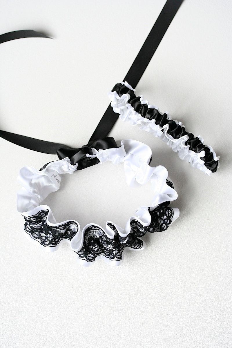 black-white-wedding-garter-The-Garter-Girl