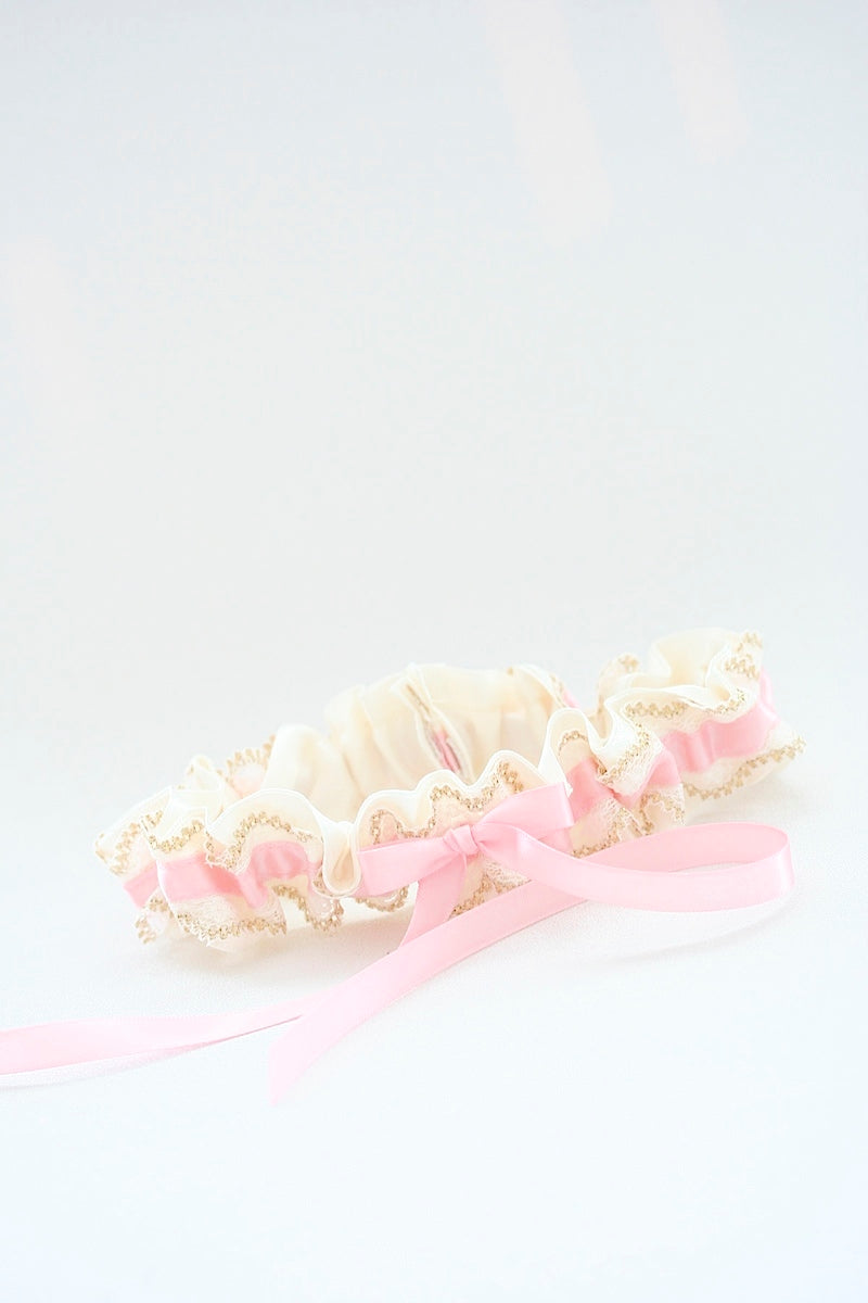 blush-gold-wedding-garter-The-Garter-Girl-4