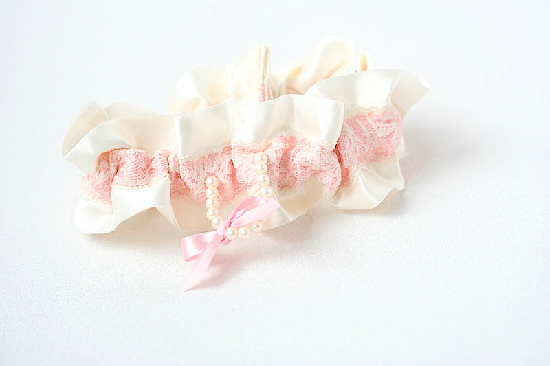 blush-pink-wedding-garter-the-garter-girl