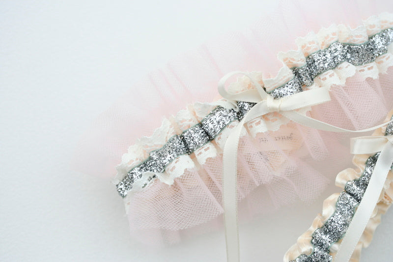 blush-tulle-wedding-garter-The-Garter-Girl8