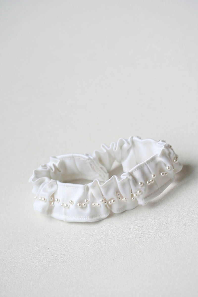 bridal-garter-made-from-vintage-wedding-dress-The-Garter-Girl-5