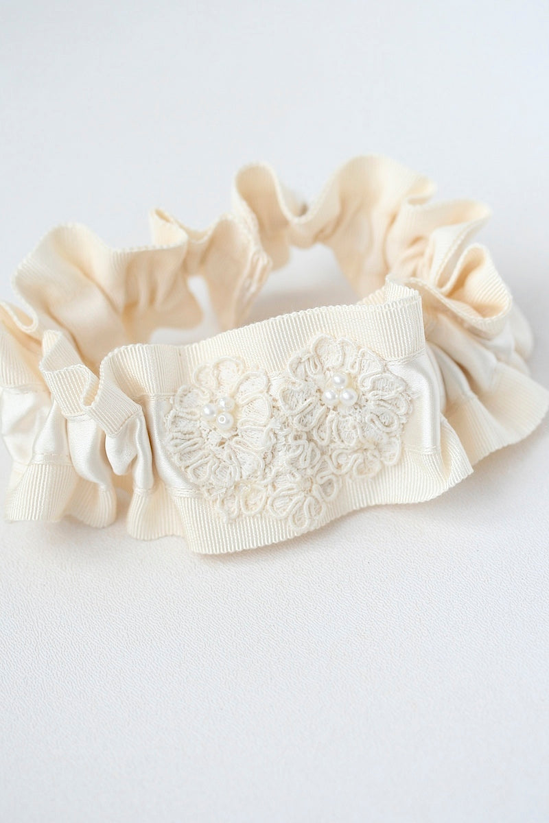 ivory garter made with lace from vintage wedding dress