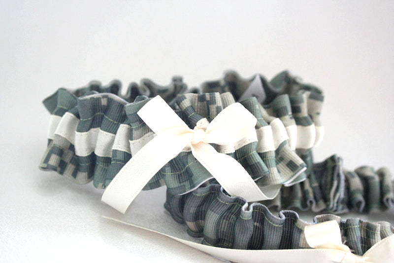 camouflage-custom-wedding-garter-The-Garter-Girl
