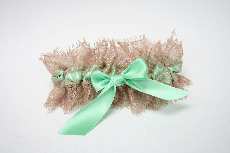 champagne-and-mint-bridal-garter