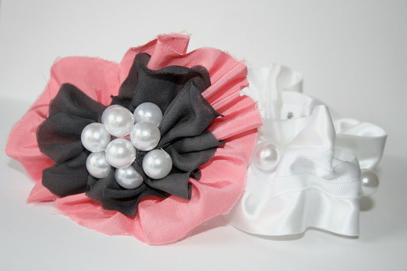 couture-pearl-and-flower-wedding-garter