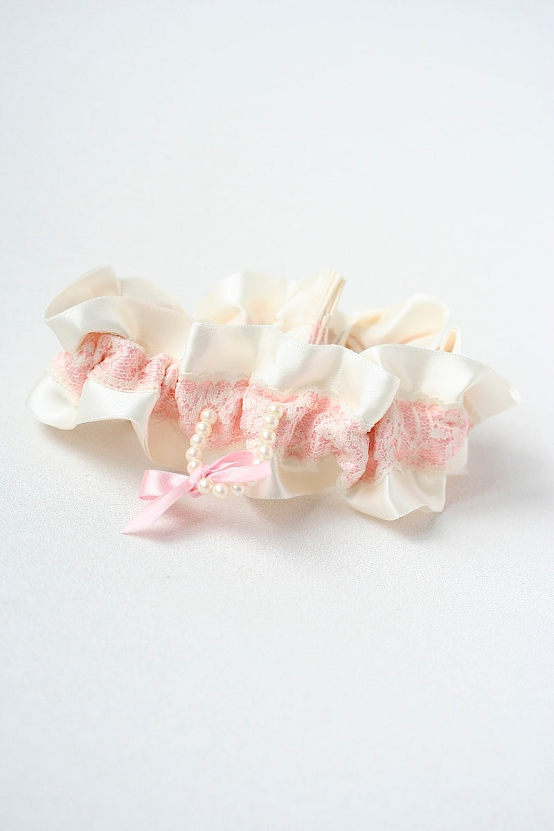 couture-pink-wedding-garter-the-garter-girl
