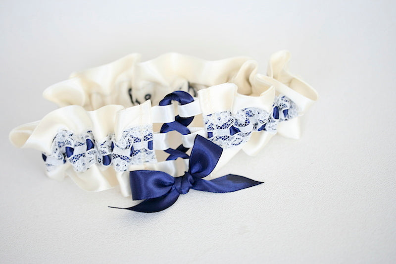 couture-wedding-garter-the-garter-girl-2