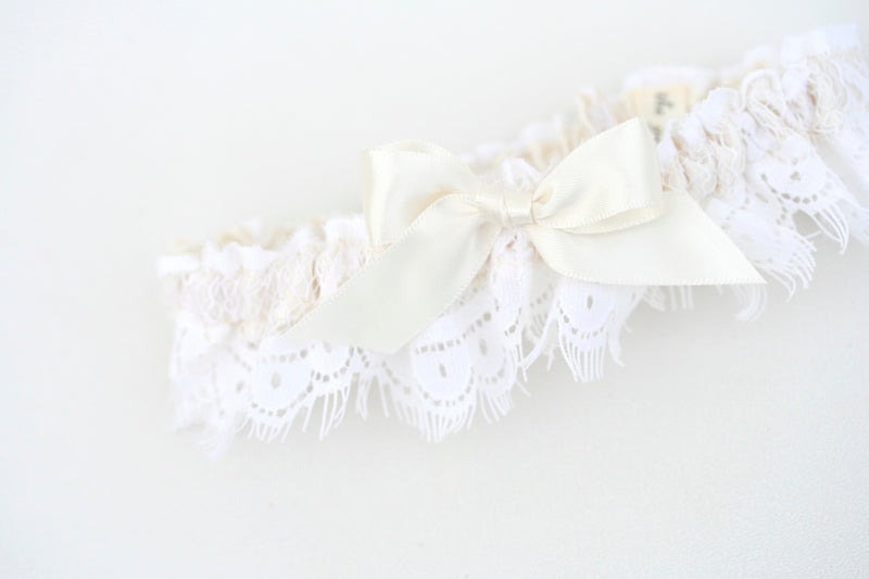 cream-lace-wedding-garter-The-Garter-Girl
